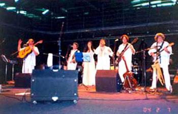 Show 1999